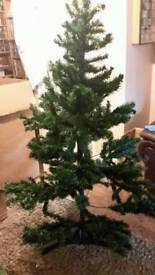 5ft Christmas tree