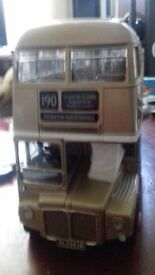 1.24 sunstar model bus, does not have outer box,