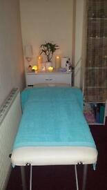 Full body relaxing massage in Ealing by Anita ***Sorry I'm on holiday***