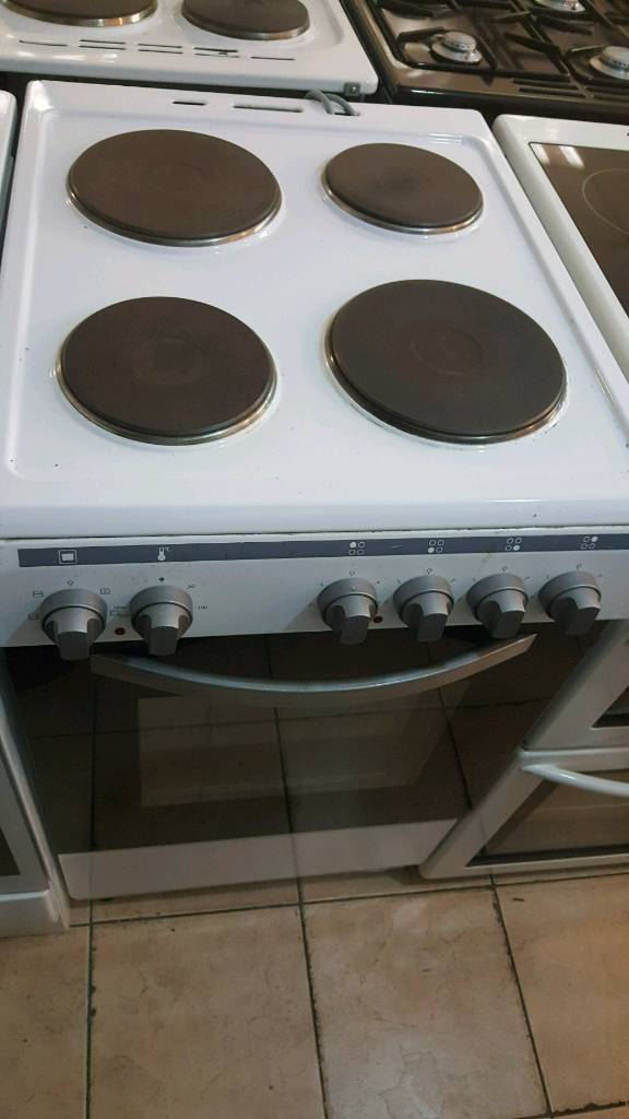 69755676f73d Electric cooker only 69.99 with guarantee