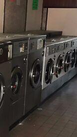 Commercial Washing Machine IPS0 35LB x 10 MACHINES & 7 DRYERS