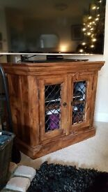 Dark wood tv cabnet
