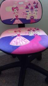 Childs princess swivel chair
