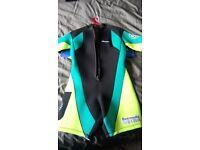 Ladies shortie wet suit