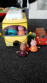 Peppapig camper van and car
