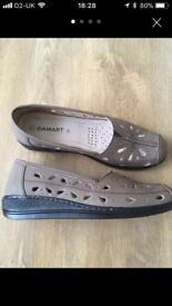 Damart shoes size 7
