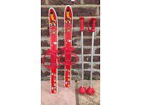 Little indian plastic skis