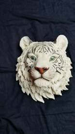 Wall hanging tigers head