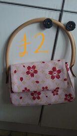 Ladies handbags prices on photos