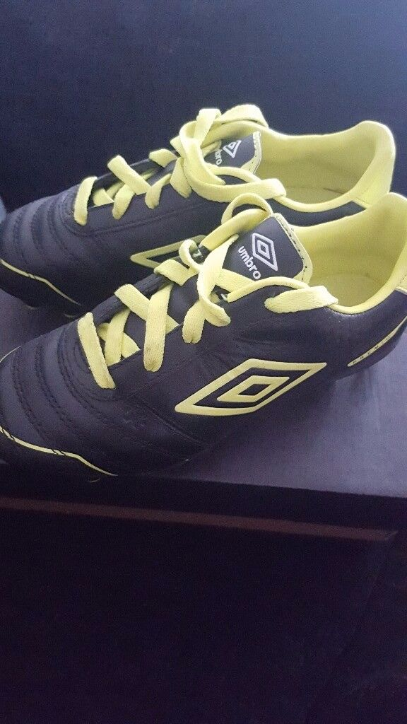 Childrens rugby boots