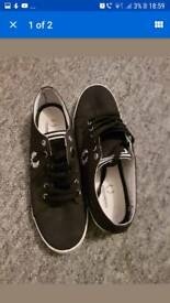 Fred perry trainers 8