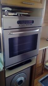 """Zanussi """"built in"""" Integrated fan oven/grill."""