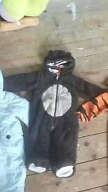 Thick bear onsie 3-6m