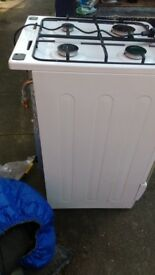 Gas cooker for sale in good clean condition can deliver if local £60 grab a bargain today