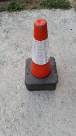 x4 Heavy duty traffic cones