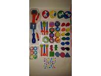 TOOL & ACCESSORIES CHILDREN'S ARTS & CRAFT MEGA SET + FREE X3 CRAYOLA WASHABLE FINGER PAINTS