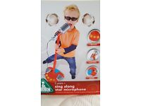 Sing along star microphone red