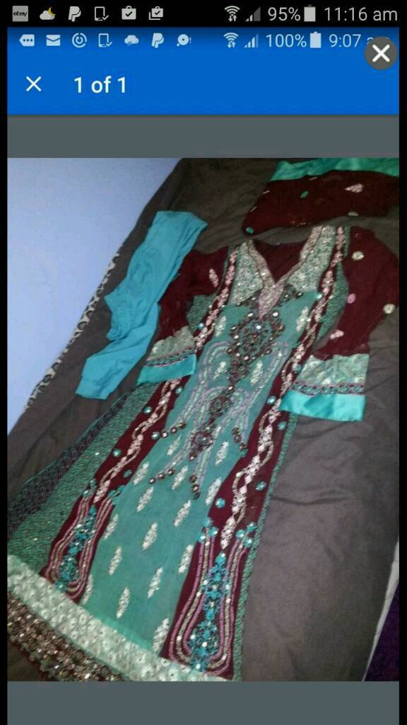 women size m wedding party dress rrp 99.00
