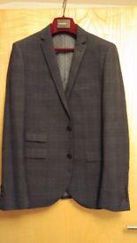 Mans 2 piece suit