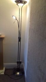 Tall gold effect lamp