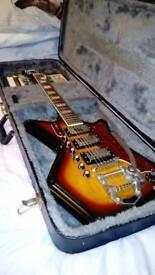 7 Pro guitar's
