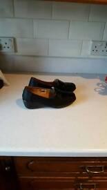Shoes ladies size 5