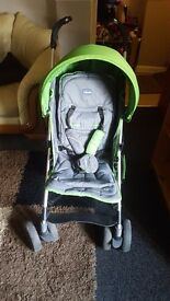 green chicco evo stroller for sale good condition hardly been used