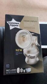 Tommee tippee manual breast pump.