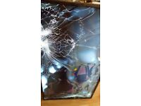 Television LG 43UH661V smashed screen no stand no remote