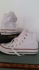 Ladies new white converse size 3
