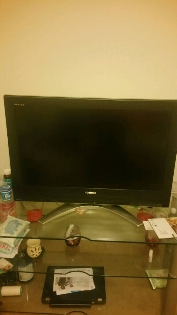 Quick sale Toshiba tv 32inch