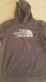 The north face hoodie medium