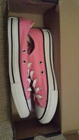converses new boxed