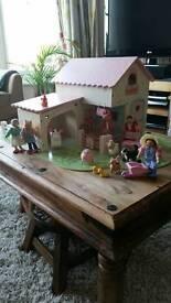 Rosebud wooden farm set