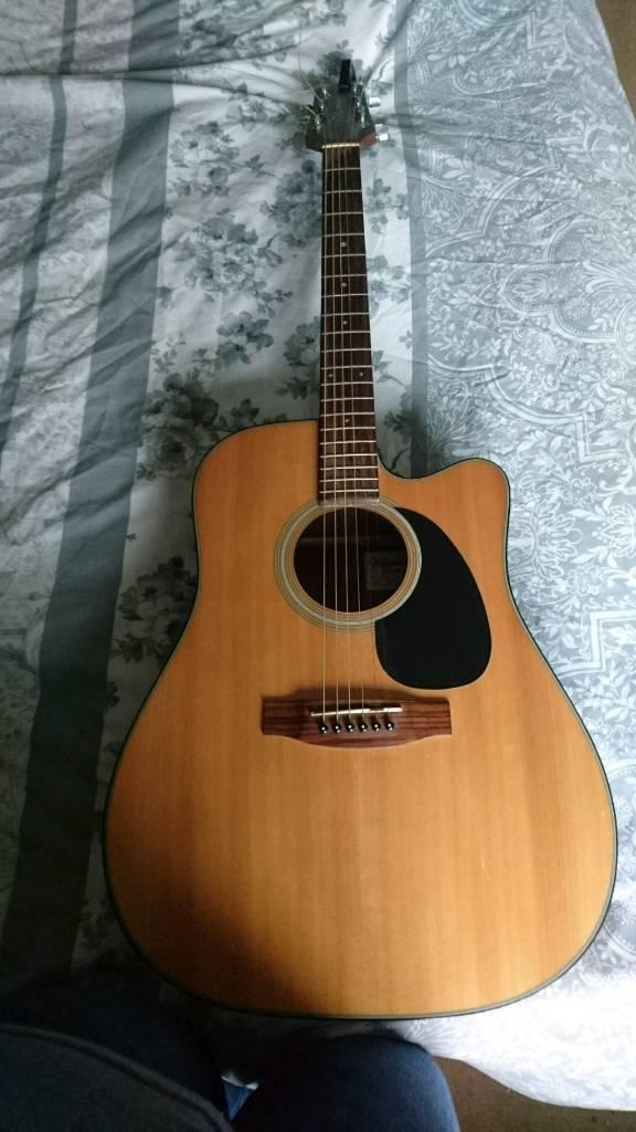 takamine g series eg320c guitar