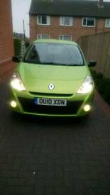 For sale : Renault Clio extreme 1.2 Petrol - year 2010 - 3 dr - 29500 miles- £3450 ono