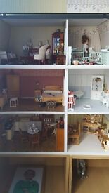 12th scale furnished dolls house £120 no offers