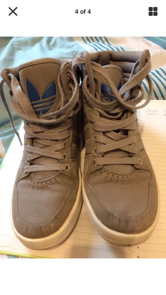 Mens adidas high tops size 6