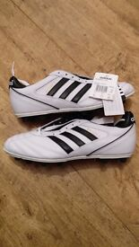White, Adidas Kaiser 5 Liga Moulded Football Boots - Size 9 - BRAND NEW
