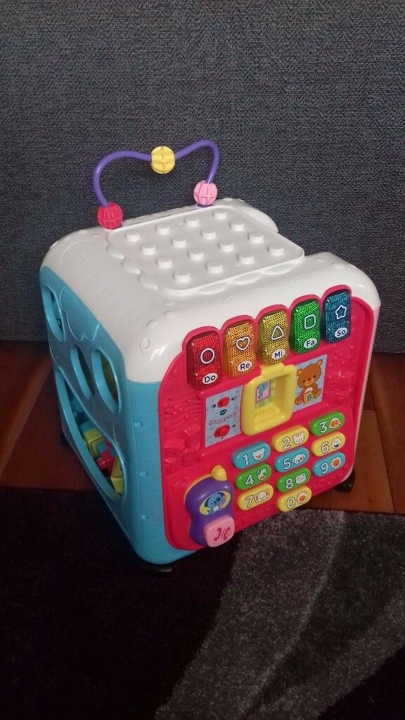 Vtech girls pink discovery cube.. As new!