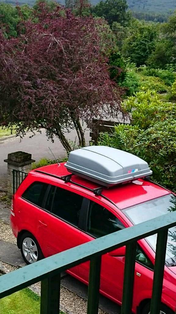 Vauxhall Zafira B Roof Bars And Kar Rite Roof Box In