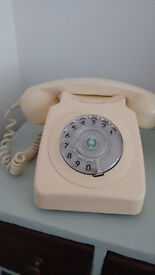 Vintage 80s rotary phone pale yellow (working)