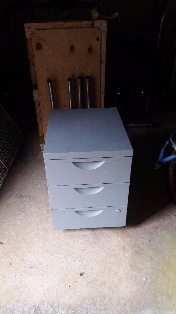 Silver Grey Filing Cabinet/Storage Cabinet