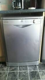 Dishwasher, Indesit