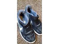 Nike shoes size 12 uk.