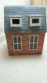 Small 2 roomed dolls house