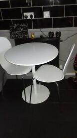Habitat Table & Chairs......never used.