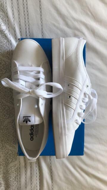 save off bb4a4 8d901 adidas Originals Nizza Lo