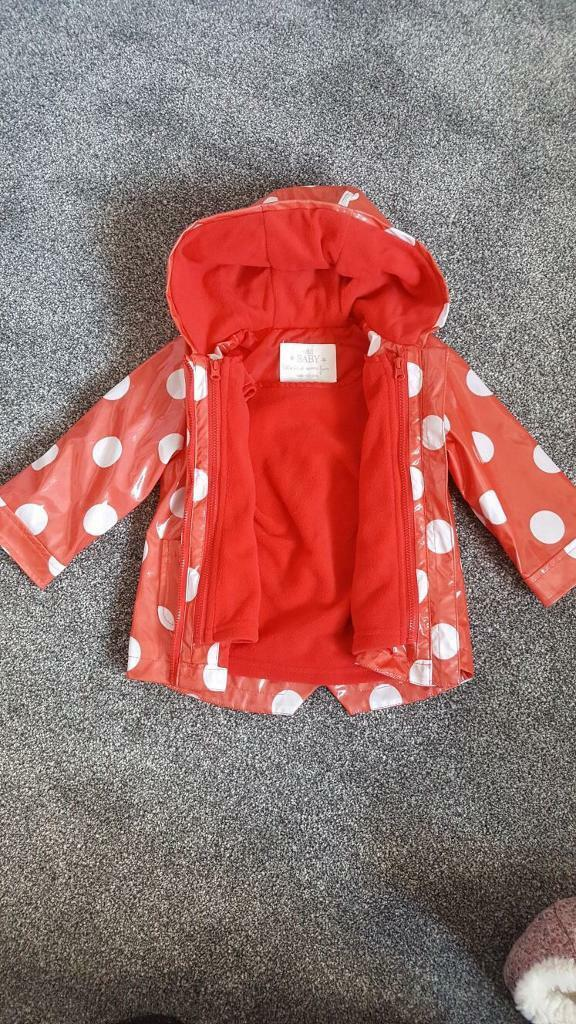 M&S Girl's Raincoat 9-12m