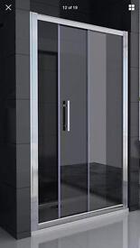 Rectangular shower tray and front sliding glass door